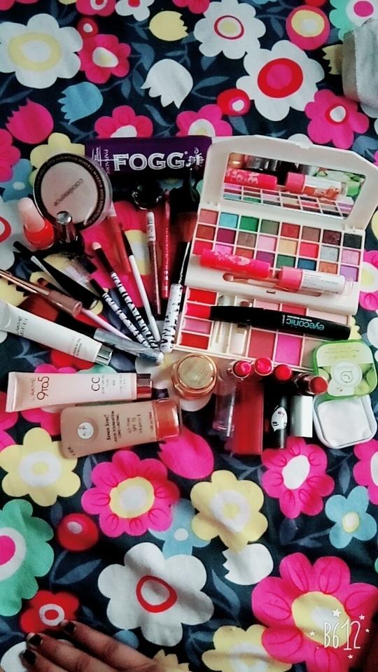Woo beauty blogger