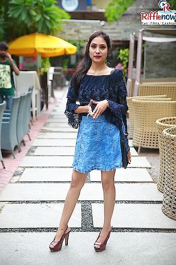 #denim-love #sudhajaincrownjourney #sudhaJAIN #sudhajainatraveller #brandsudha #celebrity #high-heels #highendfashion #ponytail #sidehair