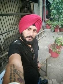 Love for Red and black  #redandblack #menonroposo #sikhonroposo #turbanfashion #turban
