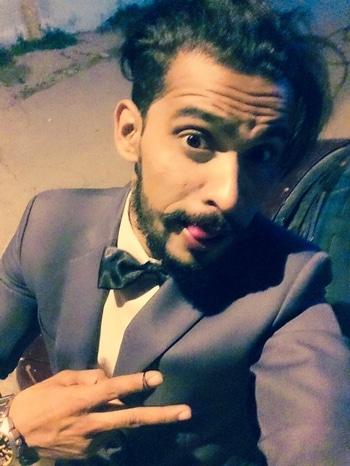 #befashionastic #fashionation #twofolds bow-ties are an unforgettable #blazer #grey#greylove#abu#abuism
