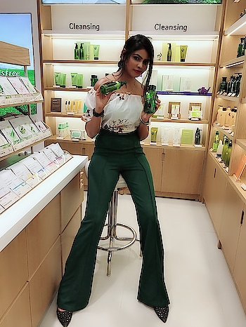 I loved this click how it came 😃 at store launch of @innisfreeindia @inorbitmall 💚  Do check my Insta stories of that day store launch 🍃☺️ _ #thesnazzydiva #innisfreeindia #innisfreeinorbit #innisfreeinorbitmalad a#longlegs #longsexylegs #storelaunch #beautybrands #instabeauty #picoftheday #skincareessentials #beautyessentials #shoot #photography #mumbaifashionblogger #beautyblogger #beautyblog #instalove #instacare #instafashion #instastyle #sheingals #sheinindia #sheinofficial #beautyproducts #haircare #galleri5influenstar #plixxo #grattitude #stylestatement #thesnazzydiva #innisfreeindia #innisfreeinorbit #innisfreeinorbitmalad #koreanbeautyproduct #storelaunch #beautybrands #instabeauty #picoftheday #skincareessentials #beautyessentials #shoot #photography #mumbaifashionblogger #beautyblogger #beautyblog #instalove #instacare #instafashion #instastyle #sheingals #sheinindia #sheinofficial #beautyproducts #haircare #galleri5influenstar #plixxo #grattitude #mumbaiigers #stylestatement#thesnazzydiva #galleri5influenstar #plixxo #bnbmag #innisfreeindia #innisfreeinorbit #naturalproducts #storelaunch #beautyblogger #mumbaifashionblogger #skincareessentials #skincareproducts #skincaretips #koreanskincareroutine #koreanbeauty #koreanbeautyproducts  #beautyessentials #beautytips #beautycare #palazzopants #sheinofficial #sheingals #beautybrands #makeuplover #makeupproducts #skinserum #bodycareproducts #haircareproducts #skincapsule #facialmask #inorbitmall #inorbitmalad #beautybloggers #beautyessentials #facemask #skincare #skincareroutine #glowingskin #skincarelover #gorgeous #beautiful #mumbaifashionblogger #deepcleaning #instalove #instagood #instacare #instaskincare #skincareproducts #beautybrands #beautycare #beautycareoriginal #instabeauty #vitaminc #revitalizing #facecare #facemasksheet #mumbaifashionblogger #mondsubindia #monsubindiacharcoamask #beautybloggers #beautyessentials #facemask #skincare #skincareroutine #blackheadsremover #glowingskin #skincarelover #gorgeous #beautiful #mumbaifashionblogger #deepcleaning #instalove #instagood #instacare #instaskincare #skincareproducts #roposo #soroposo #soroposolove #roposolove #roposolike #roposo-makeupandfashiondiaries #roposo-fashiondiaries #roposobeauty #roposobeautyblogger #roposomumbaitimes #roposofeature #roposofeature #roposo-mood #roposobeautycare #roposofollow #ropososkincare #ropososkincareroutine #roposo-telent #roposodiva #roposobeautybrands