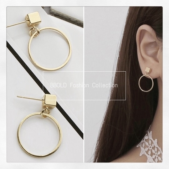Simple and cute circle earring for casual as well for outing!!! #beautiful #simplebutelegant #cuteandpretty #circletastic #geometrical ⭕️