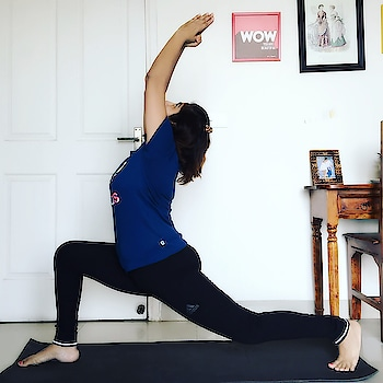 Wellness is an integral part of beauty! #smartmetabolic #yoga #yogafitness #fitness #lunges #suryanamaskar #workout #stretching #rougepouts #lifestyleblogger #indianlifestyleblogger #fashionblogger #beautyblogger #indianbeautyblogger #indianfashionblogger #fitnessinfluencer