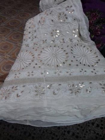 Chikankari  and mukaish  work  from  dress365days.com #chikankari