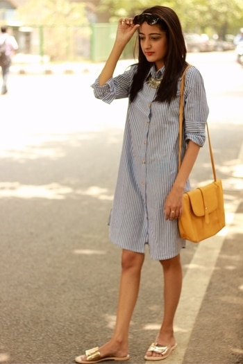 Saturday lunching 🌺 Have a happy weekend y'all ! ❤️ . . #howilikeit #howilikeitjournal #fashion #fashionblogger #blogger #delhiblogger #indianfashionblogger #stipes #shirtdress #casuallook #lunchlook #saturday #weekend #saturdaylunchlook #OOTD #saturdayoutfit