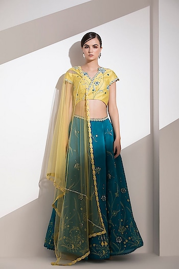 Exuberating grace, this screen printed aqua #lehenga by AMPM with sequin lifting is paired with an #embroidered #lime dupatta & #blouse: https://www.indiancultr.com/new-arrivals/bagh-by-ampm?trk=hmpg-slider #ampm #couture #bagh #designer #new #india #makeinindia #love #beautiful #wow #amazing #festive #trousseau #wedding #ethnic #traditional #colors #trend #fashion #luxury #style
