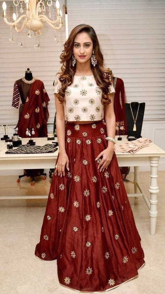 #restocked get this hit Designer #lehengacholi Just for ₹@1750/- INR Only 👉🏻 fabric - Bangalory Silk For buy DM or WhatsApp us : +91-8866570406