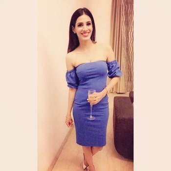 Anniversary special❤️ #blueblue#offshoulderdress#