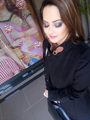 #love #makeupartistry #loveformakeup #MAC #sephora #urbandecay #nyx #makeupart #makeupindustry #esteelauder #mua #lipstick #diamittal6 #diamittalmakeupartist #makeup #makeuplife #concealer #foundation #glitterinjection #anastasiabeverlyhills #cocochanel #hudabeauty #esteelauder #katvond #morphy #meenakshiduttmakeoverschandigarh
