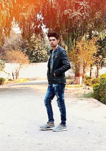 #model #shoutout #look #roposo-mood #roposomodel #shirtsformen #jacket #shoestyle #hairstyleing #roposo-luv