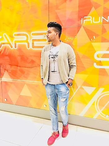 #singapore #singaporeyoutuber #singaporeflyer #indian #delhifashion #shrug #gururandhawa #styles