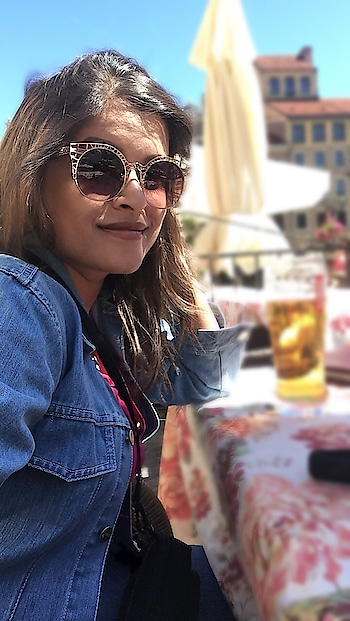 Coz I chill harder than you party😊😊 #vacaymode #eurotrip #europehangover #traveldiaries #poland #warsaw #happyme