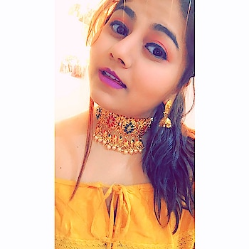 #blooger #indianfashionblogger #sukkhijewellery #roposo #roposoness #bloggerlife #bloggerlifestyle #smilefordays #bohochic #bohostyle #chokernecklace #choker #fashion #fasionblogger #followers #jewellerysubscription