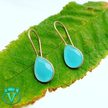 Beautiful Earrings with Blue Chalcedony Rose Gold Plated Flat 60% Off on All kinds of jewelry COD Available in India @Rs965 For more information : www.thevcollection.in #jewelry #fashion #beautifuljewelry #earrings #bangalore #delhi #handmadejewelry #onlineshop #womensfashion #girls #partywear #designerwearindia #girlystuff #mumbai #chennai #gurgaon #bangalore #delhi