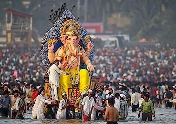 #GaneshChaturthi comes to an end Ganpati Visarjan yesterday.  Image via Sagar Ashok, Pinterest #wow #see #gameoftones #incredibleindia #photography #photooftheday #india #festival #celebrate #Mumbai #Bombay #idol #god #ganpativisarjan2k18