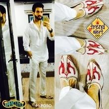 #fusion #white #shortkurti #whitetrouser #mojri #desi fusion  #musttry #mensstyle #trendalert