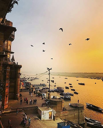 #Sunrise in #Varanasi. Share your incredible #Indian city with us.  Image via SK, Pinterest #morning #heritage #wow #amazing #travel #travelbug #instatravel #wanderlust #see #gameoftones #incredibleindia #photography #photooftheday #india