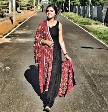 "✨ New blog post up ""Punjabi Patola"". Show some love ❤️ link --https://www.nikiglam.com/ 😍#indiasfashion#nikivermaofficial#blog#bloggerstyle #patiala#phukari#dupatta#jutti#blog#blogger#bloggerstyle#sunkissed#model#chennaiblogger#chennaimodel#fashionista#fashionlook#desiswag#indian#fashion#road#ecr#bestoftheday#vlog#happywomen#womenfashion#classy#elegance"