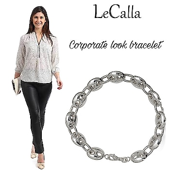 Get work ready with our special corporate silver jewellery collection. Order Now: www.lecalla.in   #LeCalla #Corporate #bracelet #silverjewelery #ordernow #classy #giftingideas #trendy #creativejewellery #loveforsilver #accessories #elegant #evagreen #exclusive #delicatejewelry #getfreegift #giftideas #solecalla #newstyle #bracelet #officewear #corporatejewellery #workwear #instagood #instalove #roposolove