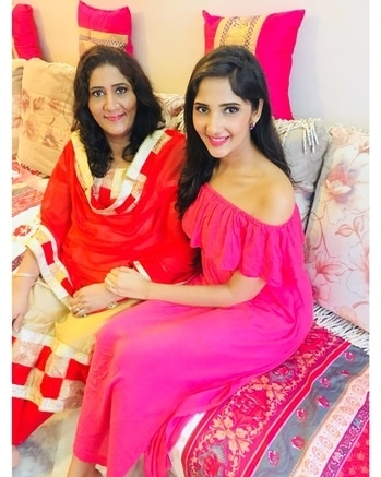 Love love love mom's look today created by @myglamm !! This experiential was very special! Nothing makes me more happy than seeing her happy💕💕 ⠀⠀⠀⠀⠀⠀⠀⠀⠀⠀⠀⠀⠀⠀⠀⠀⠀⠀⠀⠀⠀⠀⠀⠀⠀⠀⠀⠀⠀⠀⠀⠀⠀⠀ ⠀⠀⠀⠀⠀⠀⠀⠀⠀⠀⠀⠀⠀⠀⠀⠀⠀⠀⠀⠀⠀⠀⠀⠀⠀⠀⠀⠀⠀⠀⠀⠀⠀⠀⠀⠀⠀ ⠀⠀⠀⠀⠀⠀⠀⠀⠀⠀⠀⠀⠀⠀⠀⠀⠀⠀⠀⠀⠀⠀⠀⠀⠀⠀⠀⠀⠀⠀⠀⠀⠀⠀⠀⠀⠀⠀ ⠀⠀⠀⠀⠀⠀⠀⠀⠀⠀⠀⠀⠀⠀⠀⠀⠀⠀⠀⠀⠀⠀⠀⠀⠀⠀⠀⠀⠀⠀⠀⠀⠀⠀⠀⠀ thAnks a lot @myglamm for this lovely surprise for mom and i love my natural look too😉😄💋💄 ⠀⠀⠀⠀⠀⠀⠀⠀⠀⠀⠀⠀⠀⠀⠀⠀⠀⠀⠀⠀⠀⠀⠀⠀⠀⠀⠀⠀⠀⠀⠀⠀⠀⠀ ⠀⠀⠀⠀⠀⠀⠀⠀⠀⠀⠀⠀⠀⠀⠀⠀⠀⠀⠀⠀⠀⠀⠀⠀⠀⠀⠀⠀⠀⠀⠀⠀⠀⠀⠀⠀⠀ ⠀⠀⠀⠀⠀⠀⠀⠀⠀⠀⠀⠀⠀⠀⠀⠀⠀⠀⠀⠀⠀⠀⠀⠀⠀⠀⠀⠀⠀⠀⠀⠀⠀⠀⠀⠀⠀⠀ ⠀⠀⠀⠀⠀⠀⠀⠀⠀⠀⠀⠀⠀⠀⠀⠀⠀⠀⠀⠀⠀⠀⠀⠀⠀⠀⠀⠀⠀⠀⠀⠀⠀⠀⠀⠀ Goo and buy their products right away just like im going to do now💁🏻💁🏻💄 Thankyou @makeupbypratikshatahilramani & @nirrmoon for the flawless look you have created for me!! #Newagemakeup #myglamm #myglammmakeup #makeupjunkie #makeuplovers #beautybloggers #beautyblogging #beautyworld #beauty #lipstick #powder #blushons #makeupworld #eyeshadow #contour