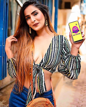 Great news here! SHEIN, as the official fashion partner of Sunburn Festival, is helping us get Sunburn ready! 🥳🤩 @sheinofficial  @shein_in . . It's here with the #SHEINxSunburn Music Festival Sale that happens during 8th-11st DEC. Men and Women Sunburn Collections ON SALE! And You can use this code to have extra 15% OFF! No minimum! . . [Code:DIIYA15] . . Valid 1st-15th DEC. Enjoy shopping on www.shein.in or SHEIN app :) . . Shot by @thepicturesquephotography @through__the__lensss . Make up by @makeupbymehak_ . #SHEINxSunburn #shein #sheinofficial #sheingals # fashionista #blogger #influencer #fashionblogger #sheinxme #trendsetter #sheinXdiiyalamba #beautifulgirl #instagood #igers #festivalseason #birthdaygirl #decemberbaby #december2018