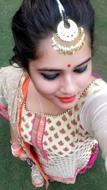 Desi look on point ☝️ 😋 . . . . . #festivalseason #festival #karwachauth #delhi #noida #jewels #chandigarh #gurgaon #ludhiana  #jewellerylove #jalandhar #premium #lifestyle #posh #bold #stylish #delhincr #desi #delhigram #newdelhi #delhidiaries #perfectlyposh #suit #att #dfordelhi #delhincr #ifoundawesome #newdelhi #delhiwale #sodelhi #ethnicwear