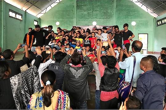 """PSA Biggest Dance Camp- 2018"" 3rd and Last Day in #UDALGURI ... 😍... Organised By @teamproneeta #teamproneeta .. . . . #love #dance #danceworkshop #dancechoreography #choreographer #ps #pro #teamproneeta #proneeta #proneetaswargiary #bestoftheday #positivevibes #thankful #2018 #travel #traveldiaries #assam #PSAbiggestdancecamp"