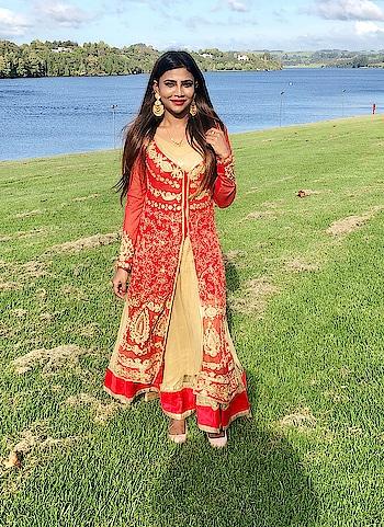 Desi girl ❤️ #traditionalsuits #traditionaljewelry #makeup #makeup #cosmetic #lipstick #mac #makeup #designer-wear #fashionaddiction #roposo-style #stylefile #earringsoftheday #newzealand #photoshootdiaries #modellifestyle