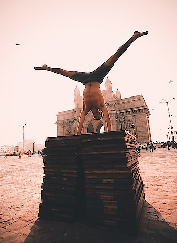 Taking #yoga to the next level at the #GatewayofIndia. Image via Spiritual Gangster #instayoga #instafitness #health #life #love #incredibleindia #workout #yogapose #power #asana #monument #Mumbai #Bombay #touristattraction