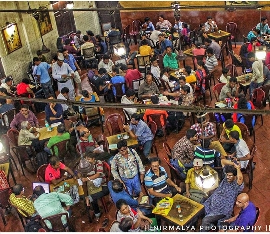 Indian coffee house photo by @nirmalya_97 #kolkata #calcutta #india #indiaclicks #indiapictures #incredibleindia #sokolkata #kolkatadiaries #calcuttacacophony #ig_Calcutta #storiesofkolkata #storiesofindia #cityofjoy #wanderer #wanderlust #streetphotography #travelphotography #travelblogger #travel #blogger #indianblogger #instalike #instadaily #beautiful #love #coffee #drinks #indiancoffeehouse