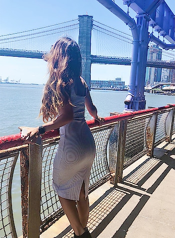 The Brooklyn Bridge is a hybrid cable-stayed/suspension bridge in New York City and is one of the oldest roadway bridges in the United States.🇺🇸 : #newyorkwithnehamalik  #usatripwithnehamalik 🇺🇸 : #newyork #brooklynbridge #nyc #usatrip #newyorktimes #traveller #newyorkcity #unitedstates #happyfriday #fridaymood #vibes#newyorkstreets #bridge #travelblogger #travelandleisure #travelphotography #traveldiary #travelblogger #nehamalik #model #actor #blogger