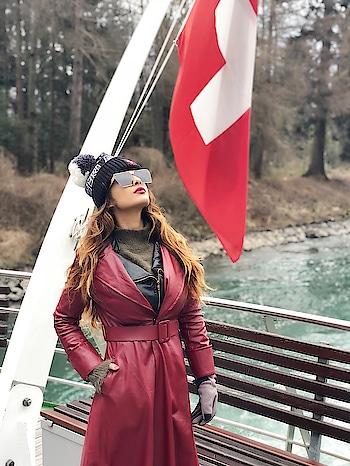Good morning with this beauty 🇨🇭🇨🇭🇨🇭😍  : #goodmorning #goodmorningpost #goodvibes #naturebeauty #love #nature #switzerland #interlaken #switzerlandwithnehamalik #swiss #europetripwithnehamalik #cruise #besttime #dreamdestination #travelblogger #travelandleisure #nehamalik #model #actor #blogger