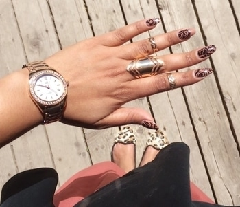 From where I stand ❤ . . #fromwhereistand #nailfie  #blogger#bloglife #photooftheday #fashionblogger #styleblogger #indianblogger #torontoblogger #fashion #fashionpost  #igers #KnowingMyStyle #mynails #nailart #aibiwatch #animalprint #roposo