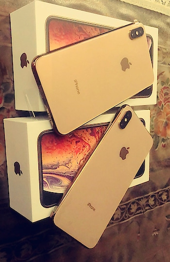 When your Family Pampers you like a PRINCESS 👑 Birthday Month with Pre Birthday Gifts ♥️♥️♥️ 2 IPHONE XS MAX GOLD COLOUR 512 GB ♥️ #unconditional #familylove ♥️♥️ : PS - many of you asked me why 2 phones so it's coz I use two numbers ,one is personal n another one is Work no ✌️✌️ : #birthdaymonth #prebirthdaygift #pampering #mommysprincess #iphonexsmax #iphonelover #newphone #apple #gadgets #iphonexsmaxgold512gb #newiphone #gadgetlover #girl #nehamalik #model #actor #diva #blogger #instagood #instafollow
