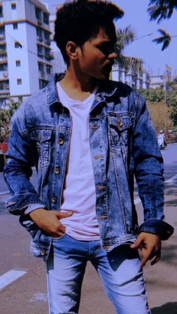 #roposo #men-fashion #wrangler #denim-love #menwithstyle #styles #ropo-love #igers #love #goodmemories #roposostar #rops-star #ropo-share #trendeing #love #igers #ootd #feed #filter