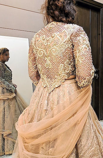 #HappyClients in #MeshbyNityaBajaj  Grab our #rosegold textured lehenga with a cutwork crystal blouse from our latest #autumnwinterfestive2018 collection named #Mesh  Shop us at our newly opened studio in Shahpurjat at  37A shahpurjat ground floor, New Delhi-110029 #labelnityabajaj #nityabajajluxe #Nityabajaj #mesh #MeshbyNityaBajaj