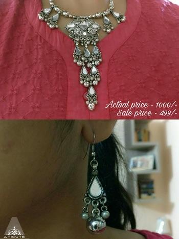 Mirror work chain and earrings to shop WhatsApp 9176481987. #aticute #jewelrybypreetigupta #fashion #chennai #sale #newcollection #fashiondiaries #jewellery #lovewhatido #earrings #mirrorwork #neckpiece