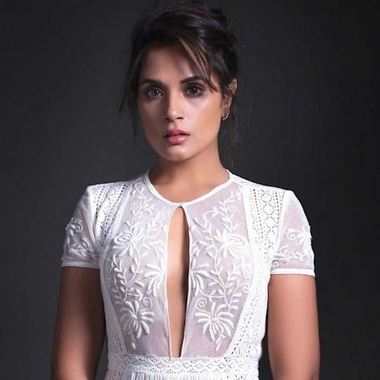 #woman-fashion  #actressstyle #richachadha