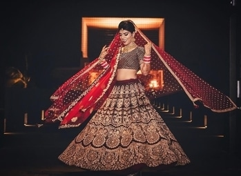 So much joy that you just cannot hide!!! Shop for such magnificent bridal ensemble from WedLista.com for your special day.  Shot by: @shadesphotographyindia  #WedLista #FashionForWeddings