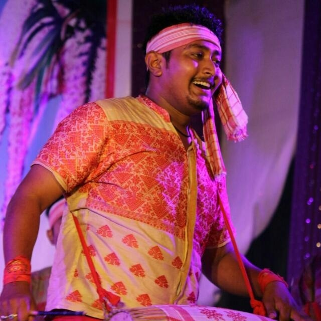 #assamesetraditionaldress