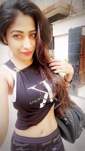 Don't let the weekend become your WEAK END️ #weekendworkout 💪  Morning saturday #saturdayworkout #workoutgym #gymfitness #gymgirl #gymaholic #selfie #poses #gymlook #workoutfitness #fitnessfreak #fitnessaddict #fitnessmodel #fitforlife #happyweekend #eatclean #stayfit #stayhealthy #staysexy👯💃