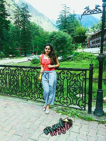 To travel is to discover yourself.#travelinstyle. this is #kasol in Himachal Pradesh .such a beautiful place and it is #miniisraelofindia .#musafir #wow #soroposostylefiles #lookgoodfeelgood #fashionbloggerdelhi #fashionquotient #roposotalks #zaraindia #h&m #rangoli #traveldiaries #wanderlust-traveller #travelinstyle