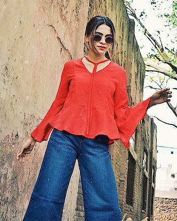 Loving this choker neck top from @fashionowl.tops  Get the fashionable pieces at whole sale price.  . . . . . #newpost #fashionbloggers #fashionblog #blog #fashion #red #indianfashionblogger #delhifashionblogger #vogue #aashimalamba #thebasicrebel