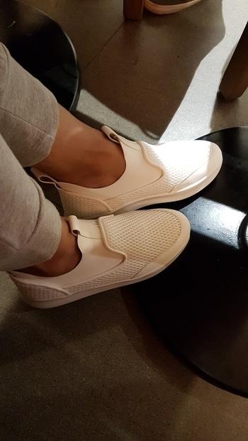 #whitesneakers #newkicks #charlesandkeith #lovethem #whiteshoes