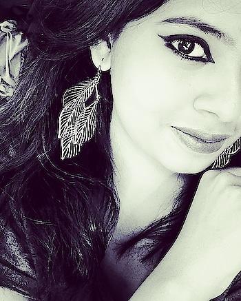 #eyes #makeup #eyeshadow #beauty #fashion #love #beautiful  #eyeswear #eyesliner #eyesarethewindowtothesoul #eyeshade #eyes_of_hdr #eyesense #eyesmileprincess #world_besthdr #girl #art #tiffanyhwang #girlsgeneration #eyesight #me #model #makeupartist #eyesore #tiffany #gg #snsd #lips