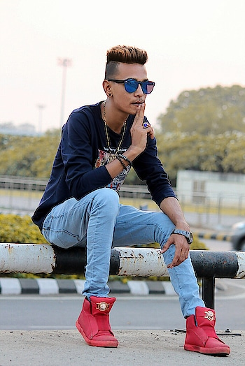 #m_m_khan_1234 #boy #boys #cool #cute #dope #fashion #guy #hair #handsome #instagood #jacket #jeans #man #me #model #pants #photooftheday #polo #shirt #shoes #sneakers #style #styles #stylish #swag #swagg #swagger #tshirt