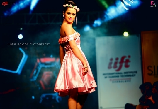 IIFT Presents Simcha Fashion Celebration #fashion #tbt #be-fashionable #love #fashionables #fashionphotography #art #photography #model #makeup #celebrity #roposo #roposolive #roposotalks #canon #styling #like4like #like4follow #trendy