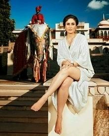 Kareena....  #womensfashion #womensstyle #fashionforwomen #blog #blogger #fashionista #accessoreries #designer #luxury #lifestyle #couture #ootd #picoftheday #dress #shorts #heels #shoes #life #bloging #instablogger #adityathaokar #maleblogger #slay #redcarpet #winterstyle #womensfashion #womensstyle #fashionforwomen #blog #blogger #fashionista #accessoreries #designer #luxury #lifestyle #couture #ootd #picoftheday #dress #shorts #heels #shoes #life #bloging #instablogger #adityathaokar #maleblogger #slay #redcarpet #winterstyle #bollywood