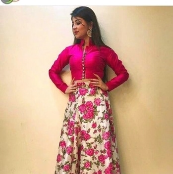 #weddingfashion #indianlook #roseslover #pinklove #fashionation #colorfashion #summer-looks #simplehairdo #classic-beauty ##beingyou #confidentme #possitivevibes #possitivethoughtsonly #spreadsomepositivity #roposoit #andfeelthechange #thanksroposo 😊