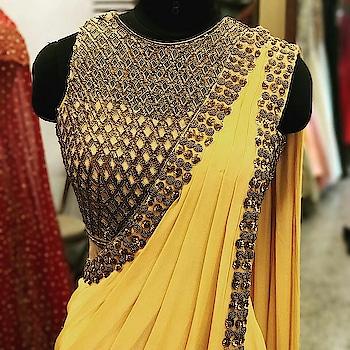 #fashion  #fashiondiaries #fashionblogger #indianwear #sari